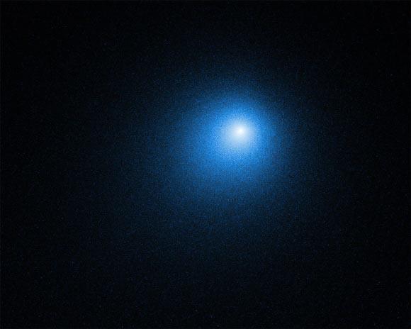 哈勃与SOFIA所拍摄的46P/Wirtanen维尔塔宁彗星